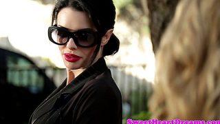 Dyke Milf Beauty India Summer Gets Oral