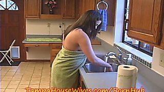 Katie Cummings Gets Creampied By The Plumber